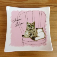 Kitten design square plate by Shinzi Katoh