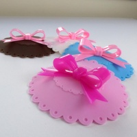 Cupcake style silicone cup covers