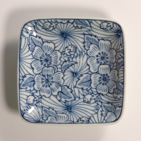 Square ceramic mini plate with blue and white floral design