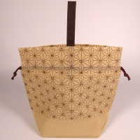 Non-woven fabric gift bag with Japanese hemp leaf pattern