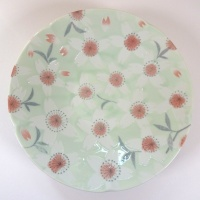 'Sakura Temari' ceramic dish in Green