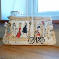 Zip makeup bag or pouch with Paris scene