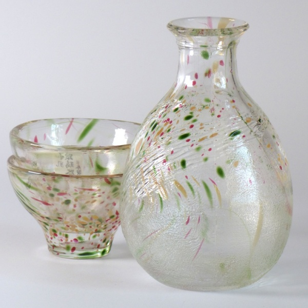 'Aki' Japanese sake jug and matching cups