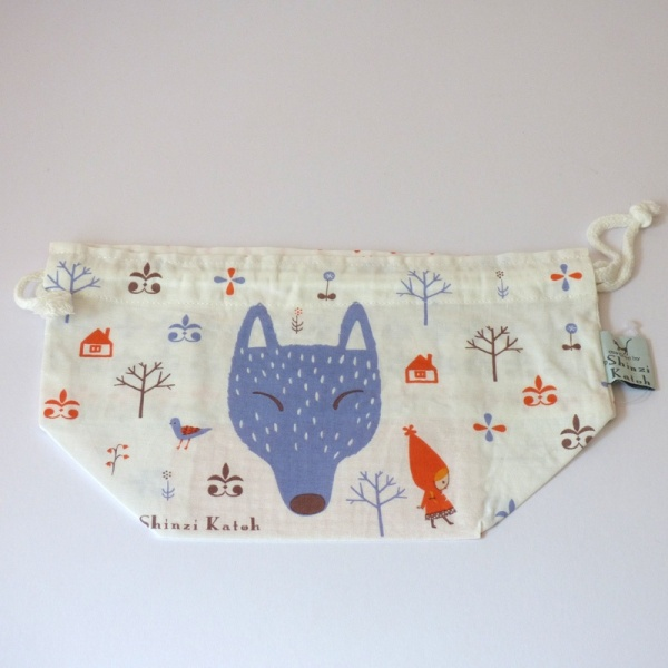 Cotton bento bag with wolf and red riding hood design