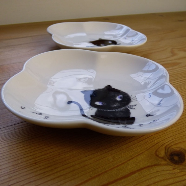 Black Cat side plate