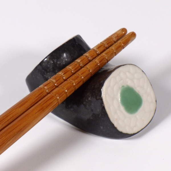 Kappa maki roll ceramic chopstick rest