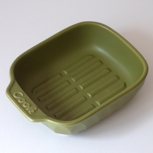 Olive green ceramic gratin / grill dish without lid