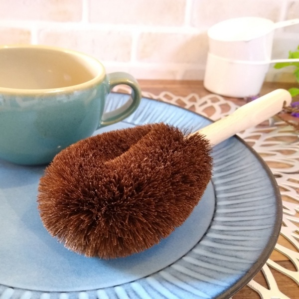 Large all natural washing up brush with blue plate and cup