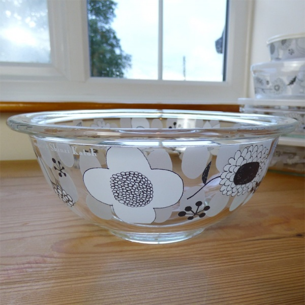 Glass kitchen mixing bowl by Shinzi Katoh