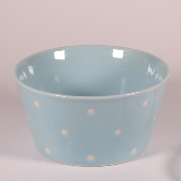 Medium ceramic food storage container & microwave dish in pale blue with polka dot pattern