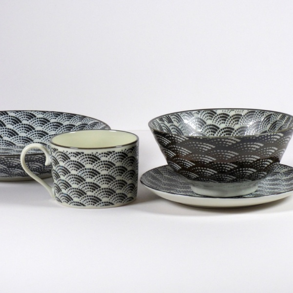 Qinghai Wave range of cups, plates and dishes