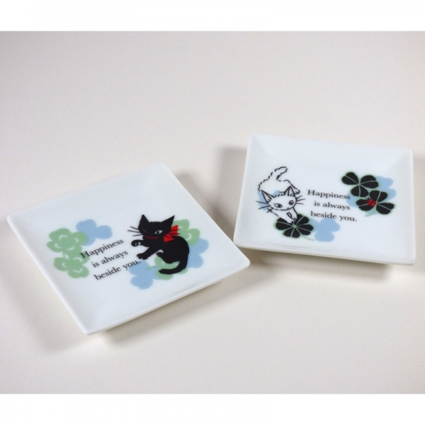 Two designs of 'Ribbon Cat' mini plate, black and white cate designs