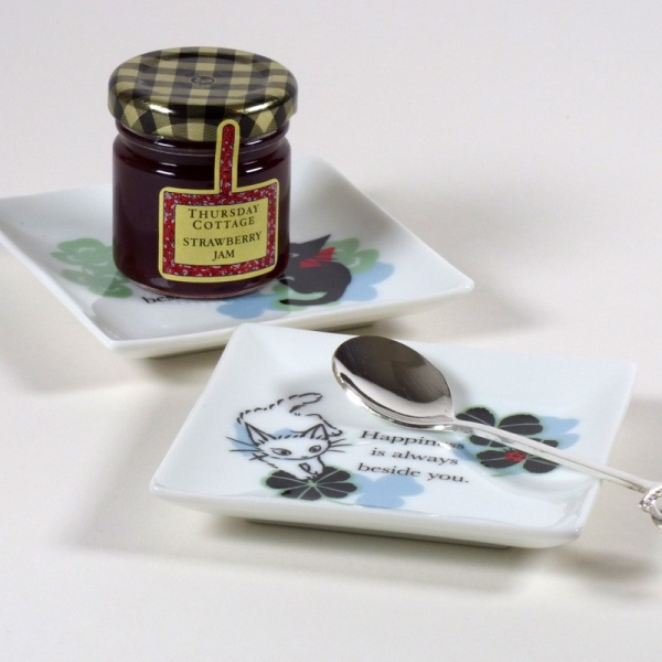 Square 'Ribbon Cat' mini plates with breakfast items
