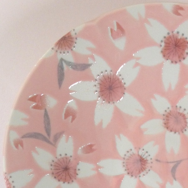 'Sakura Temari' ceramic dish in Pink, close up of pattern