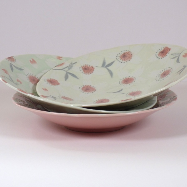 Three 'Sakura Temari' bowls in cream, pink and green