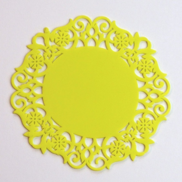 Silicone lace coaster - yellow