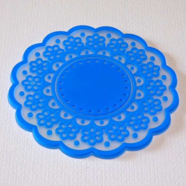 Silicone lace pattern coaster - Electric Blue