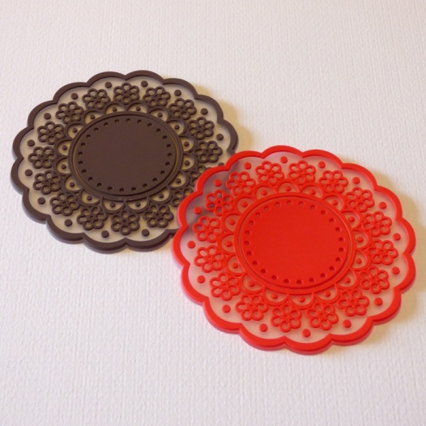Silicone lace pattern coaster - brown and red