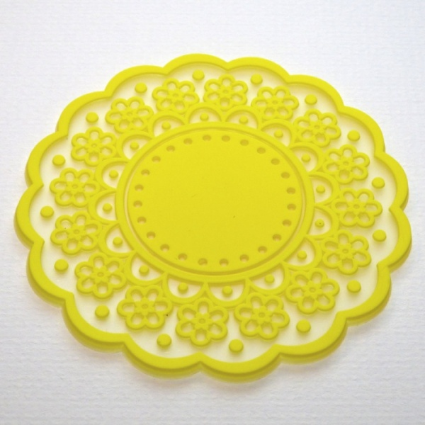 Silicone lace pattern coaster - Canary Yellow