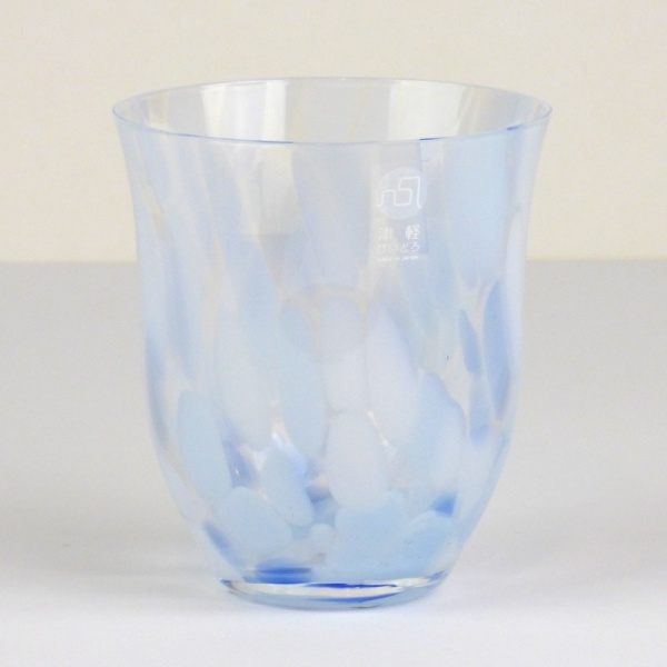 Blue 'Sora' glass drinking tumbler by Tsugaru Vidro
