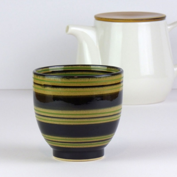 Japanese tea cup with teapot