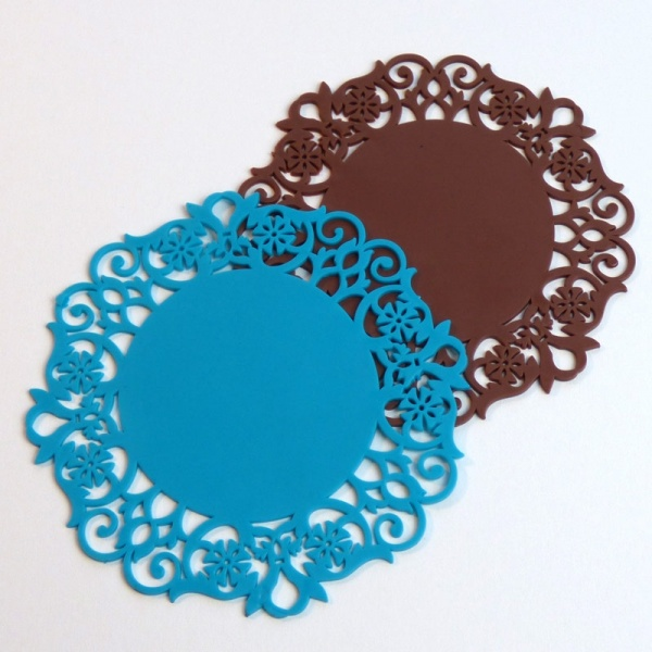Silicone lace pattern coaster - blue and brown
