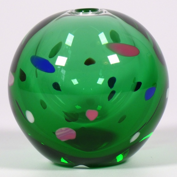Small green Japanese vase with speckled design