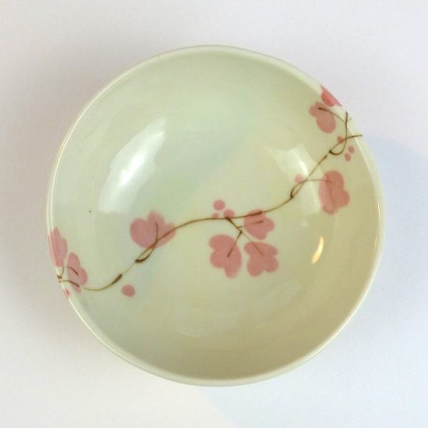 Ceramic bowl with pink vine flowers pattern